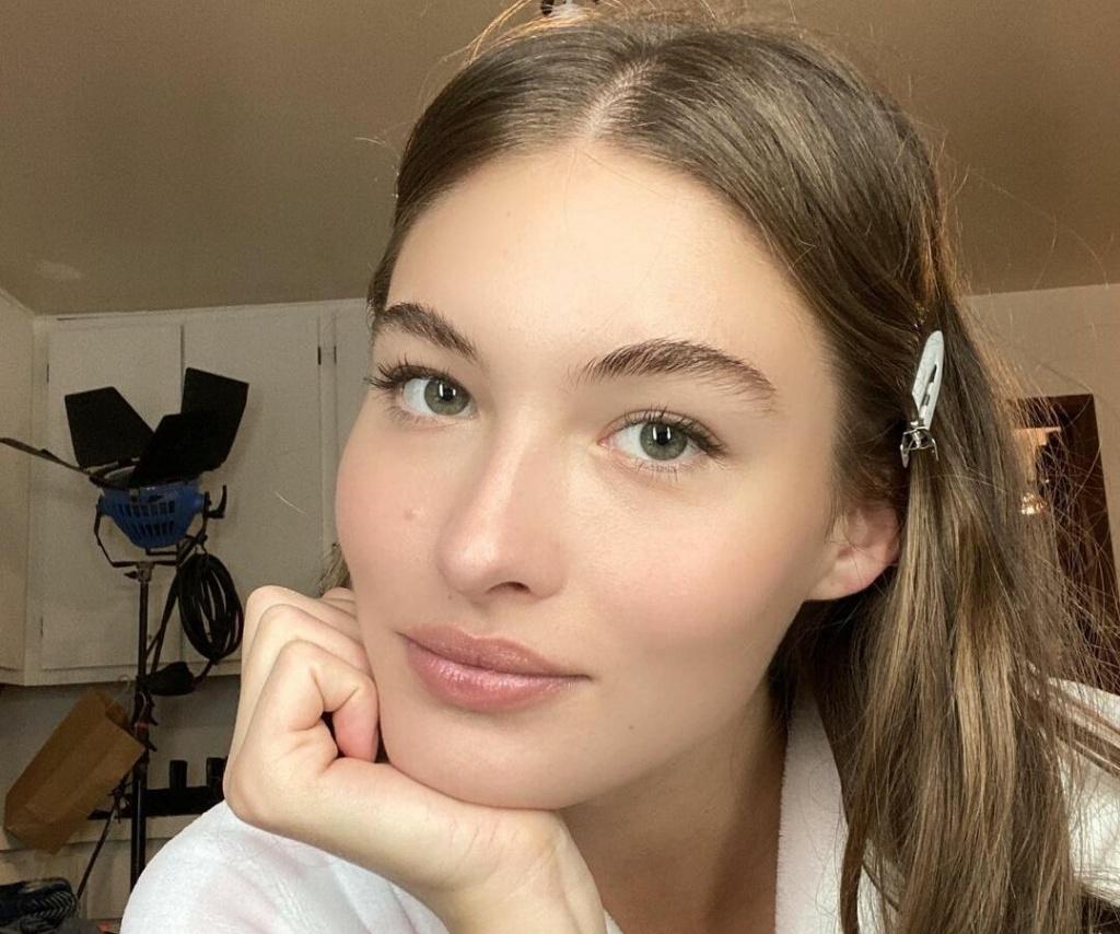 Home rules: 5 простых шагов для быстрого макияжа дома