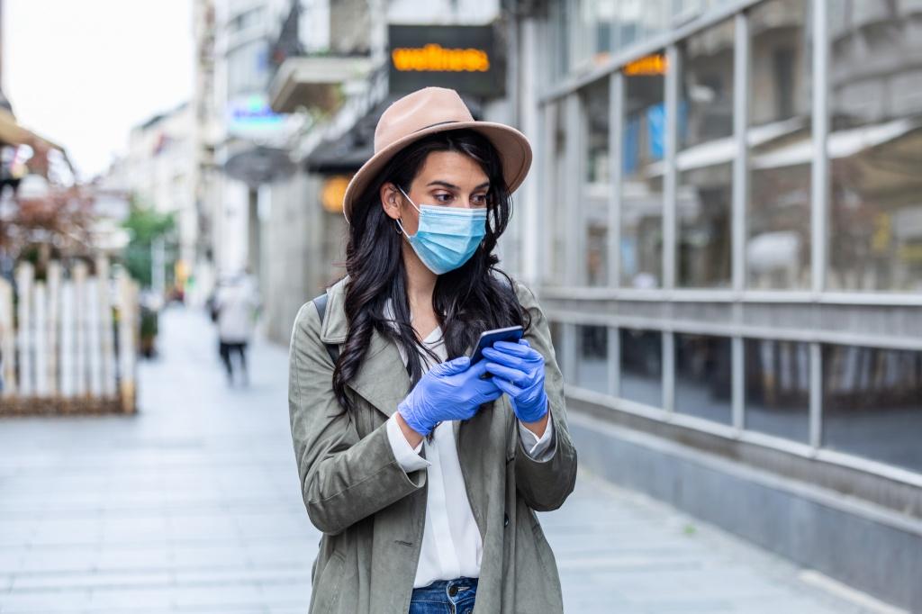 Еще одна болезнь после коронавируса: из-за масок появляется акне (4 шага, как избавиться от проблемы)