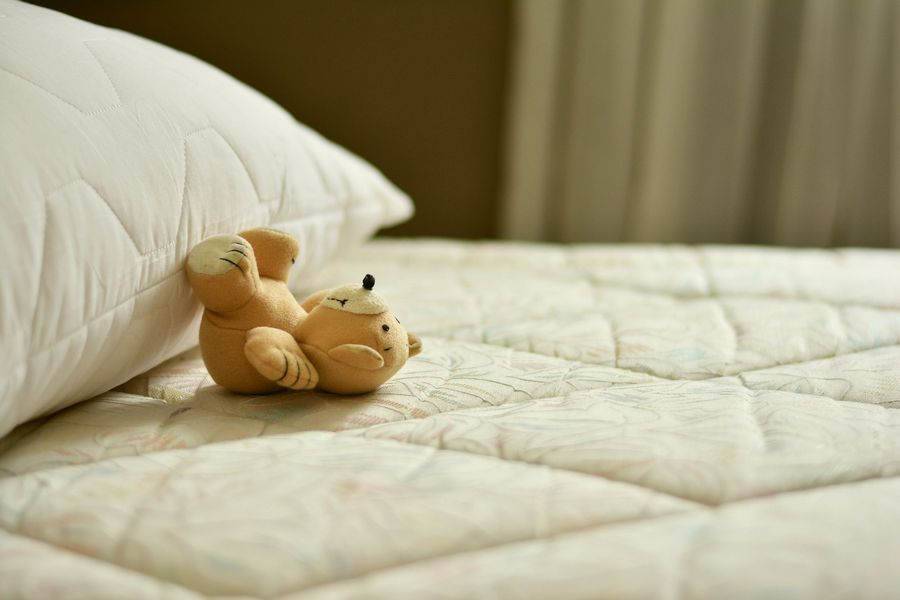mattress-2489615_1920.jpg