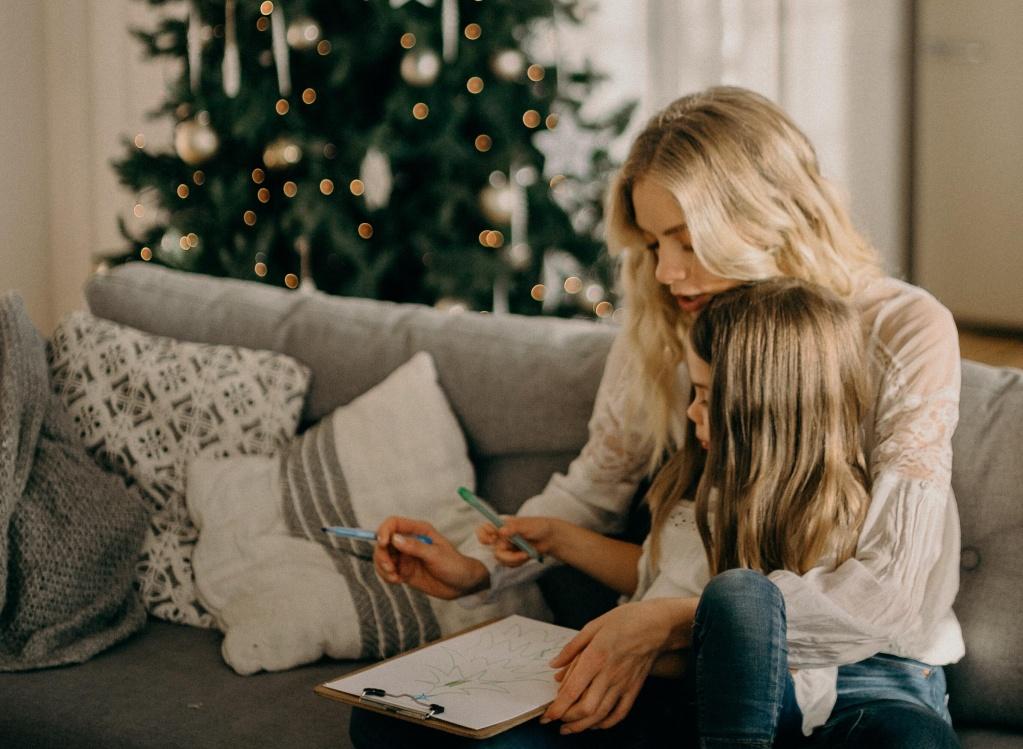 8 нот в парфюмах, которые создадут новогоднее настроение