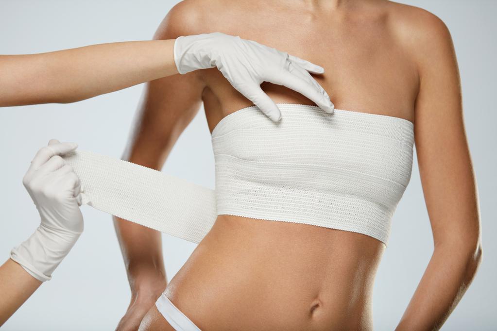 6 популярных мифов про увеличение груди
