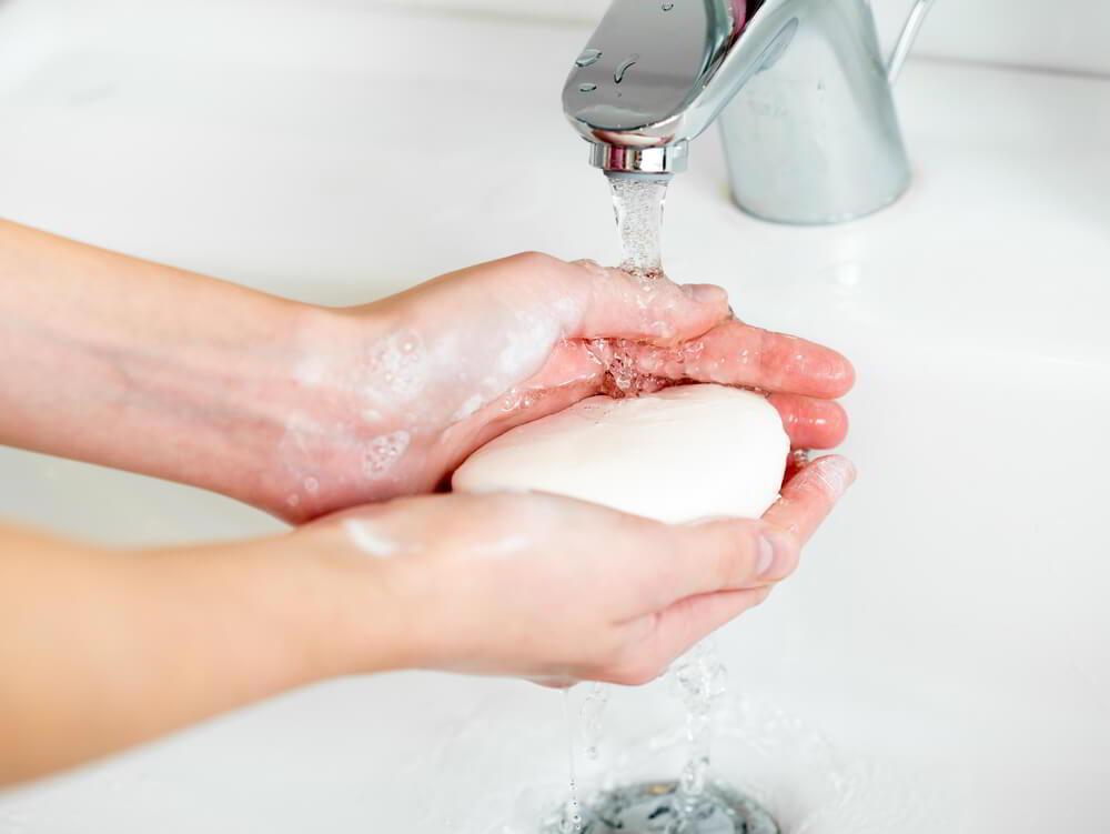Антибактериальное мыло: польза или вред?