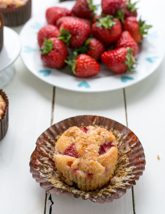 Low-Sugar-Skinny-Strawberry-Muffins-4.jpg