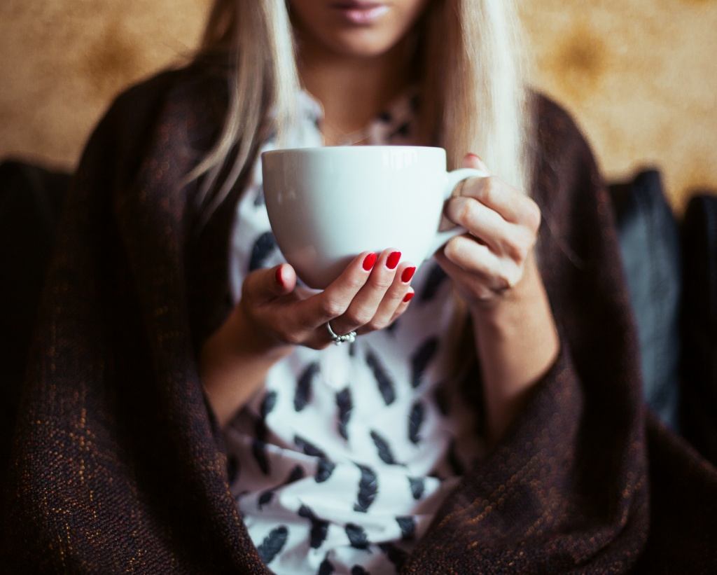 young-woman-drinking-a-tea-picjumbo-com.jpg