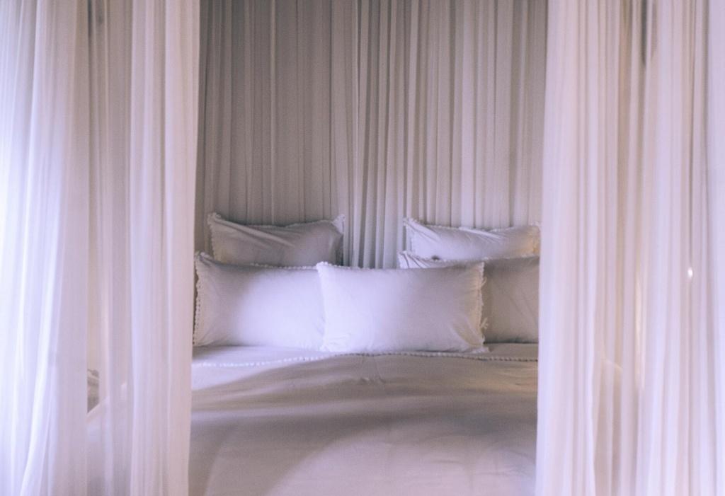 постель с балдахином.jpg