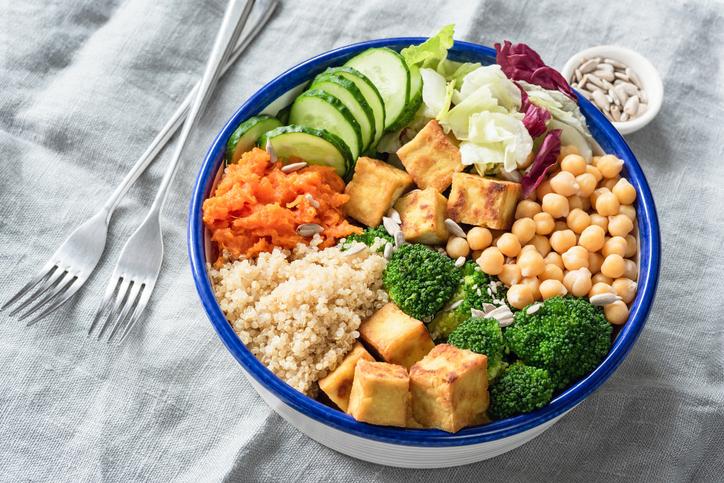 Вегетарианство вызывает рост полезных кишечных микробов