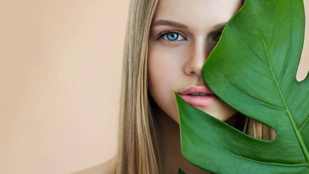 Тренд на естественность: 7 бьюти-приемов, которые подчеркнут натуральную красоту