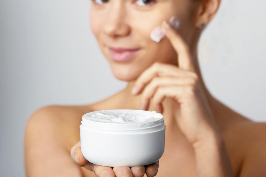 Какие продукты и предметы вредят вашей коже