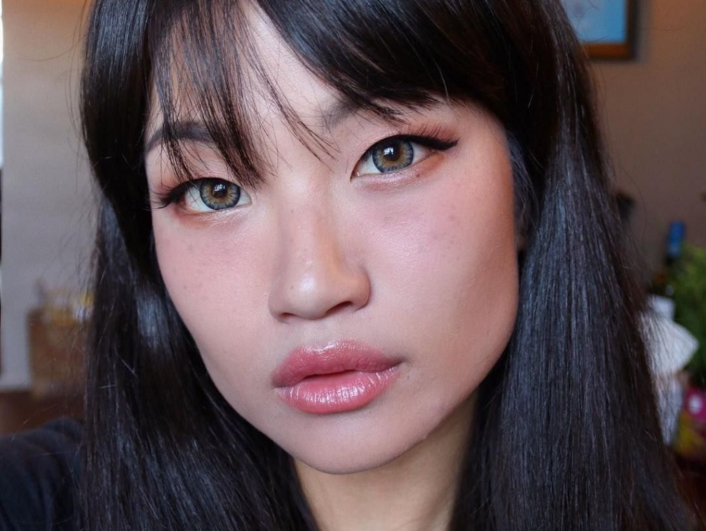 Похмельный румянец: бьюти-тренд из Азии, который стоит попробовать