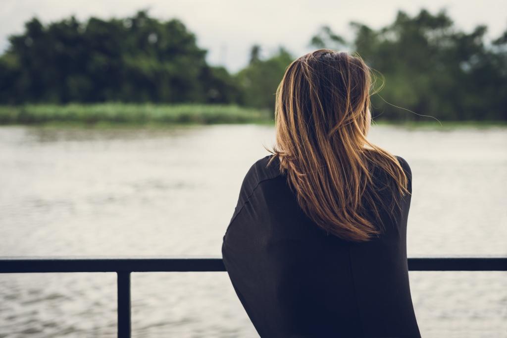 7 физических симптомов, которые доказывают, что депрессия не просто «в вашей голове»