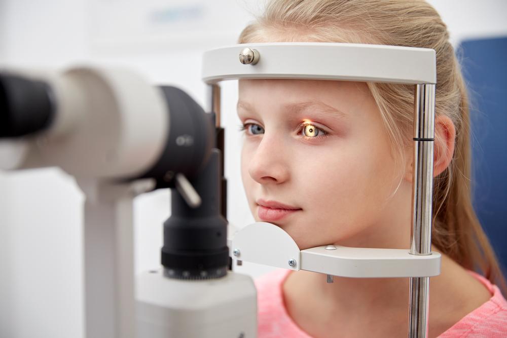 Можно улучишь зрение, если смотреть на глубокий красный свет: это показали исследования
