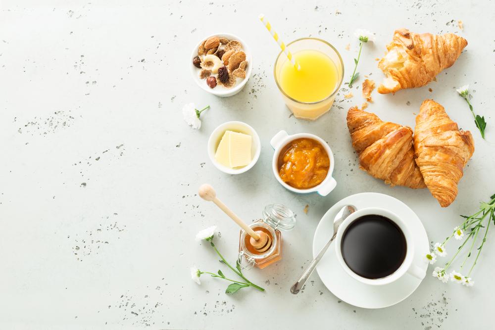 3 рецепта завтраков, которые можно приготовить за 15 минут