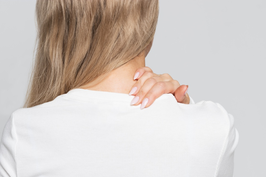 Лечим остехондроз без лекарств: новый метод физеотерапии