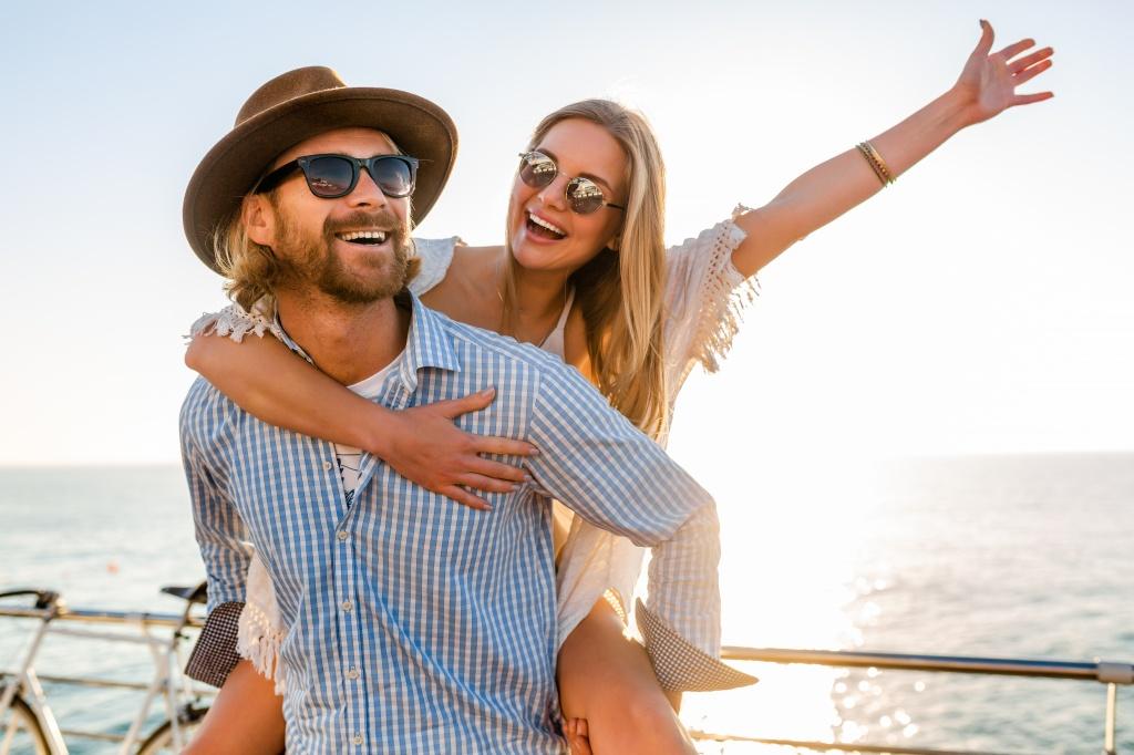 Даже если нет кольца: 7 признаков, что мужчина женат