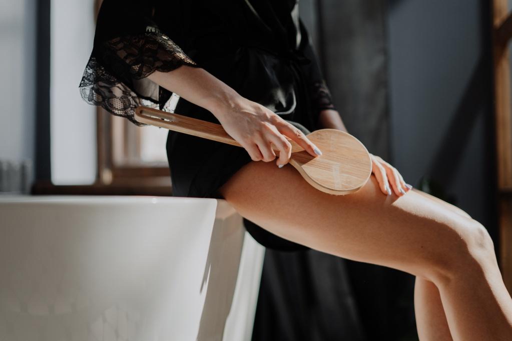 Самомассаж: что можно сделать дома, если нет возможности попасть на сеанс к специалисту