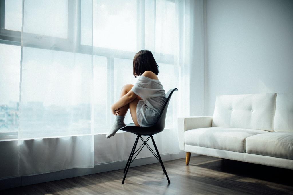 В этом году больше людей могут испытывать сезонное аффективное расстройство: 4  главных причины