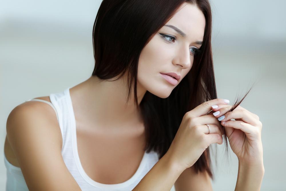 9 неочевидных причин секущихся волос