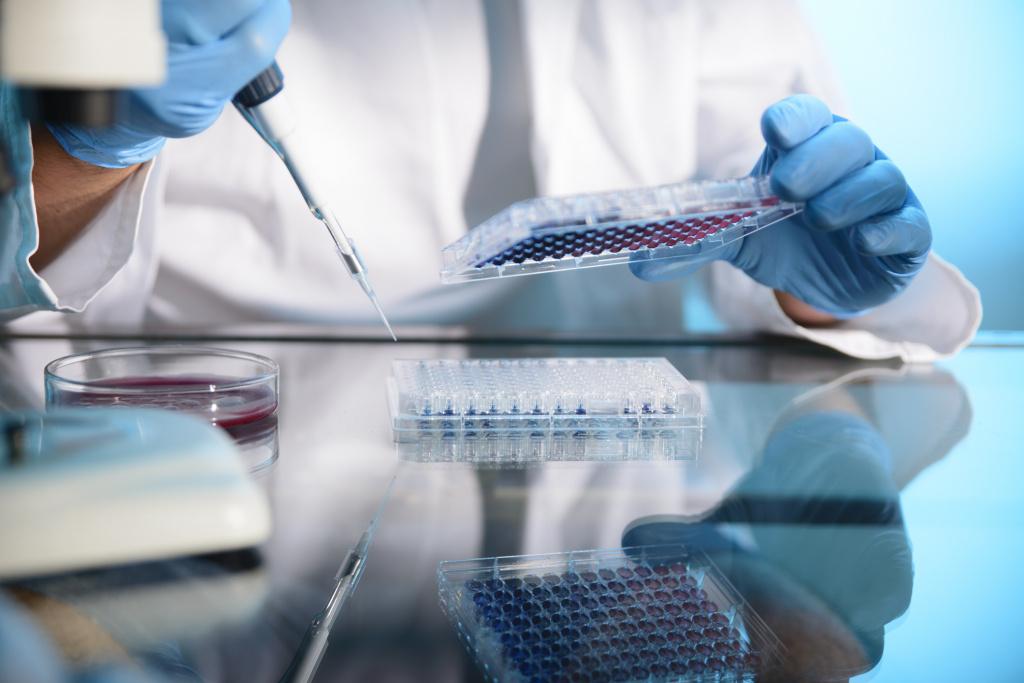 Геном вируса герпеса расшифровали: он оказался сложнее, чем думали ученые