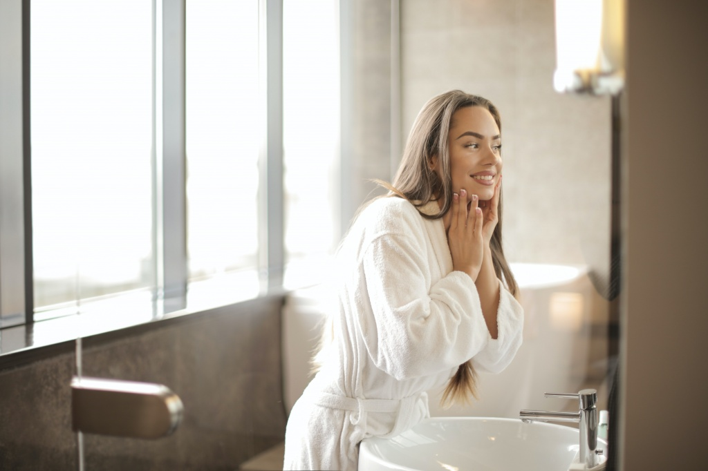 Очистит поры лучше салонной процедуры: почему нужно умываться пудрой-эксфолиантом