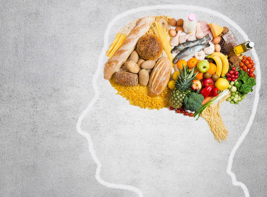 9 продуктов, которые улучшат работу мозга