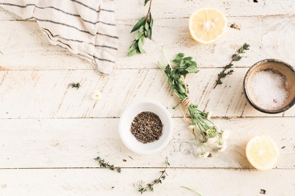 Внимание аллергикам: 7 ингредиентов в косметике, которые могут спровоцировать приступ