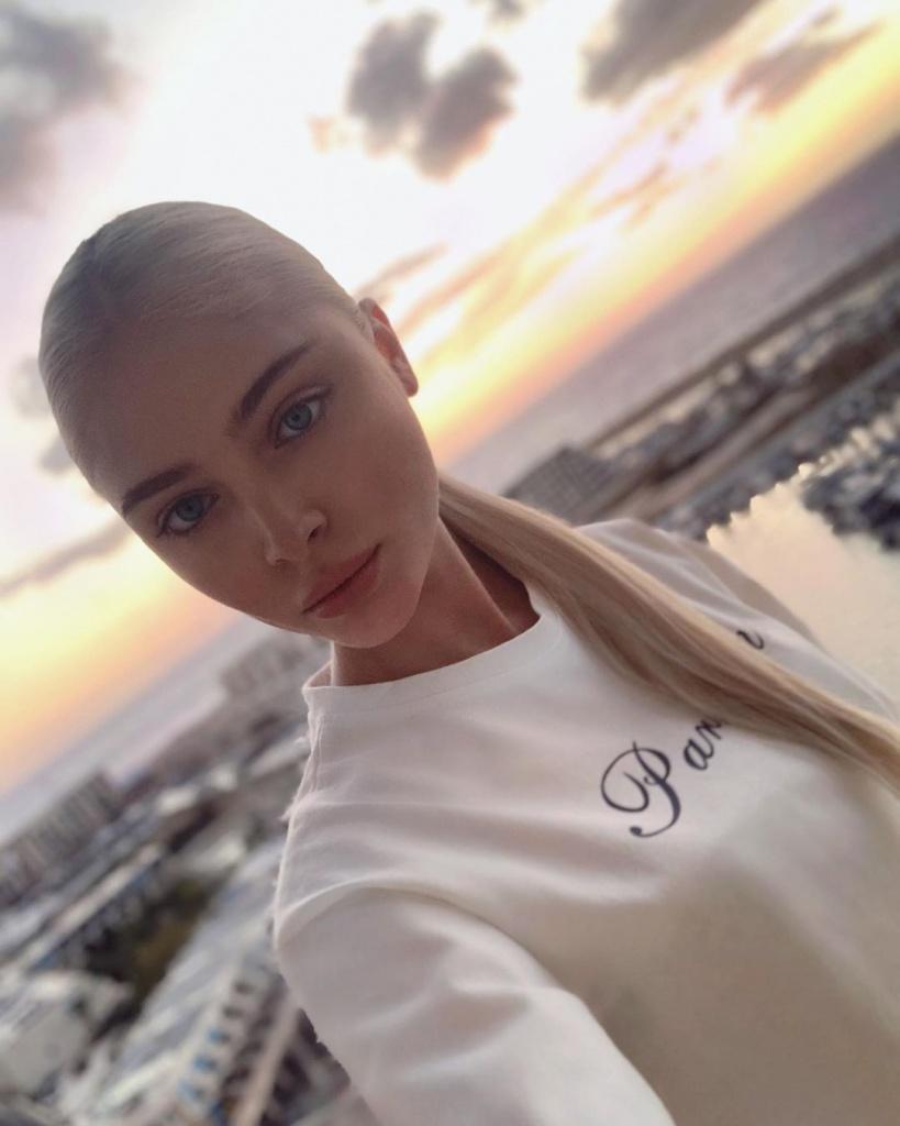 Алена Шишкова перекрасилась (и стала очень похожа на Решетову)