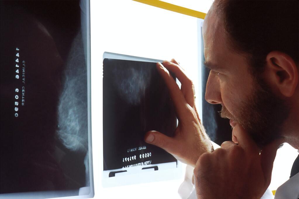 national-cancer-institute-XrLSV-CKmuQ-unsplash.jpg