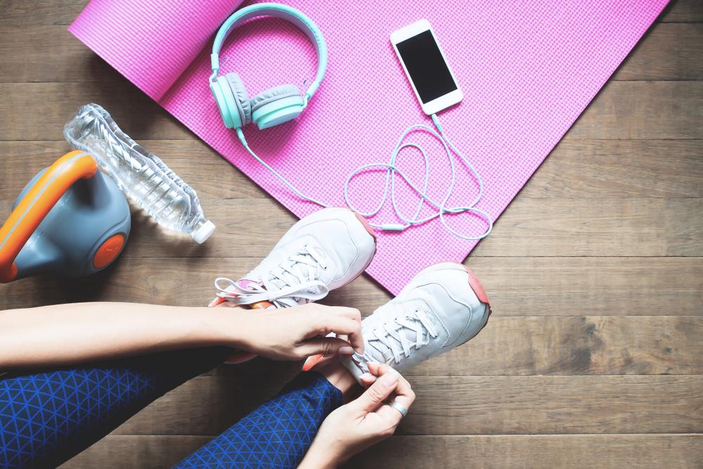 Войти в ритм спорта: под какую музыку лучше тренироваться дома