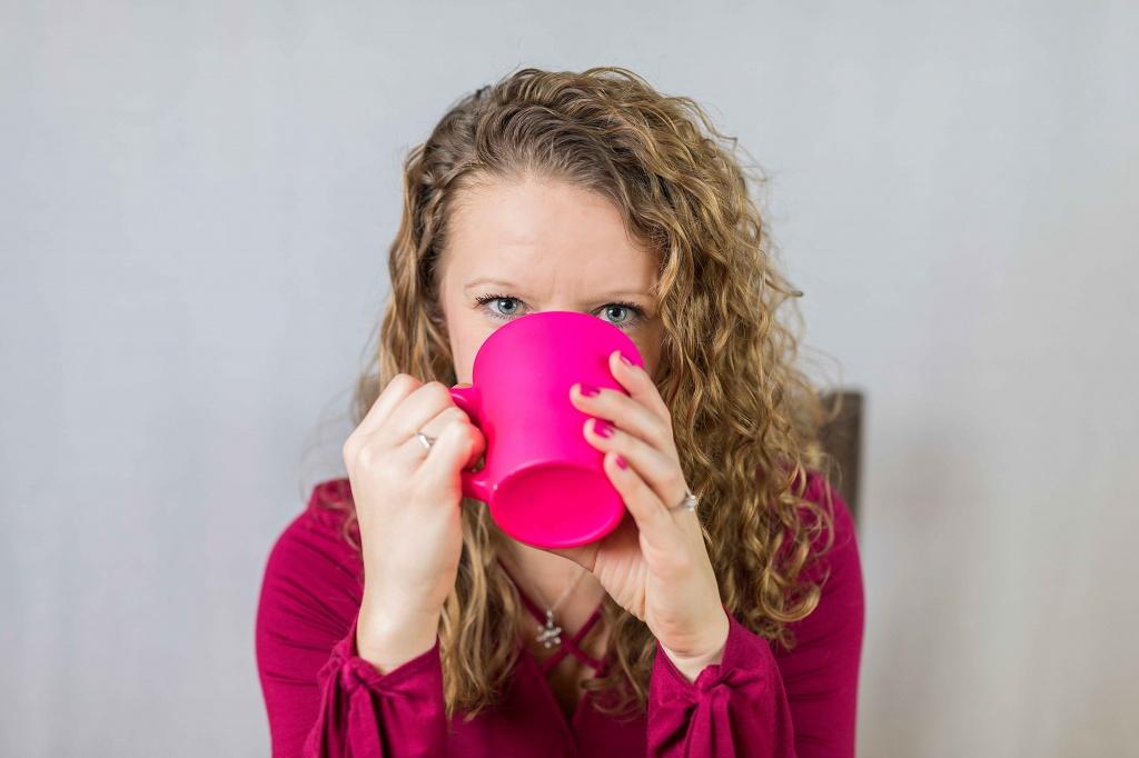 Почему лекарства нельзя запивать соком и газировкой: гид