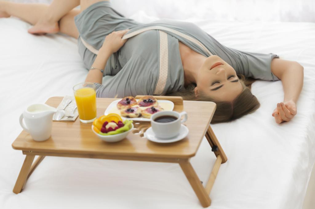 Недостаток сна увеличивает тягу к нездоровой пище