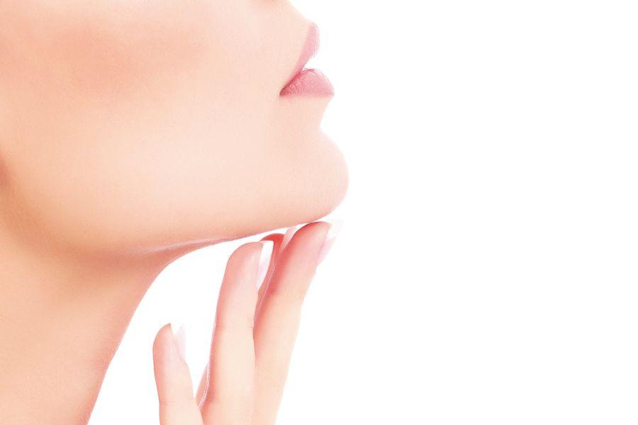 Пластика подбородка может полностью изменить лицо: даем полный гид по операции