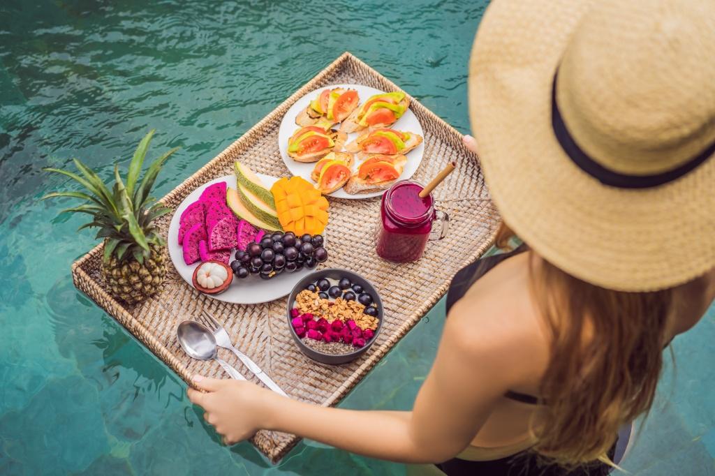 Витамины, которые нужны летом: 3 главных продукта