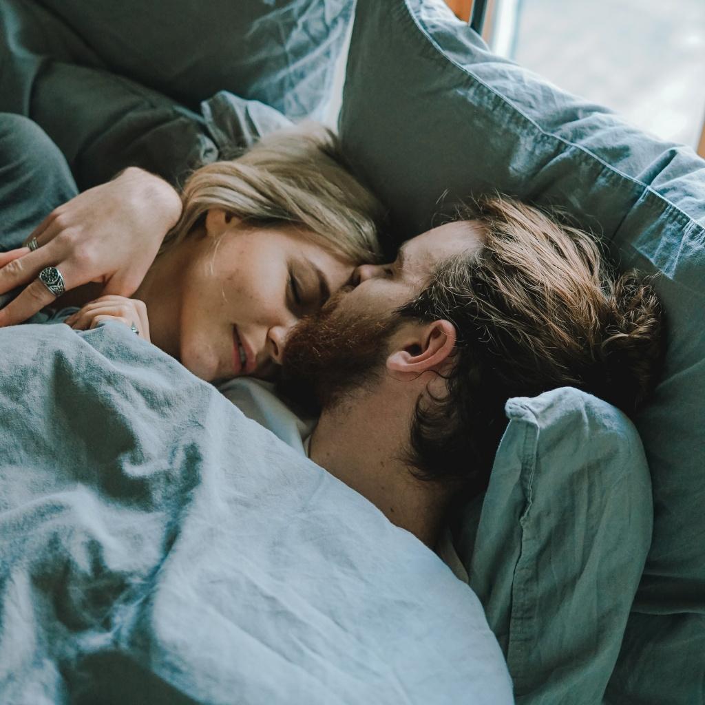 6 неловких ситуаций в сексе, которые случаются с каждым