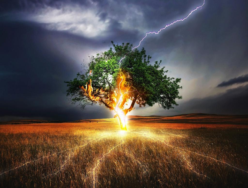 Ливень, град и молния. Как защититься от опасности?