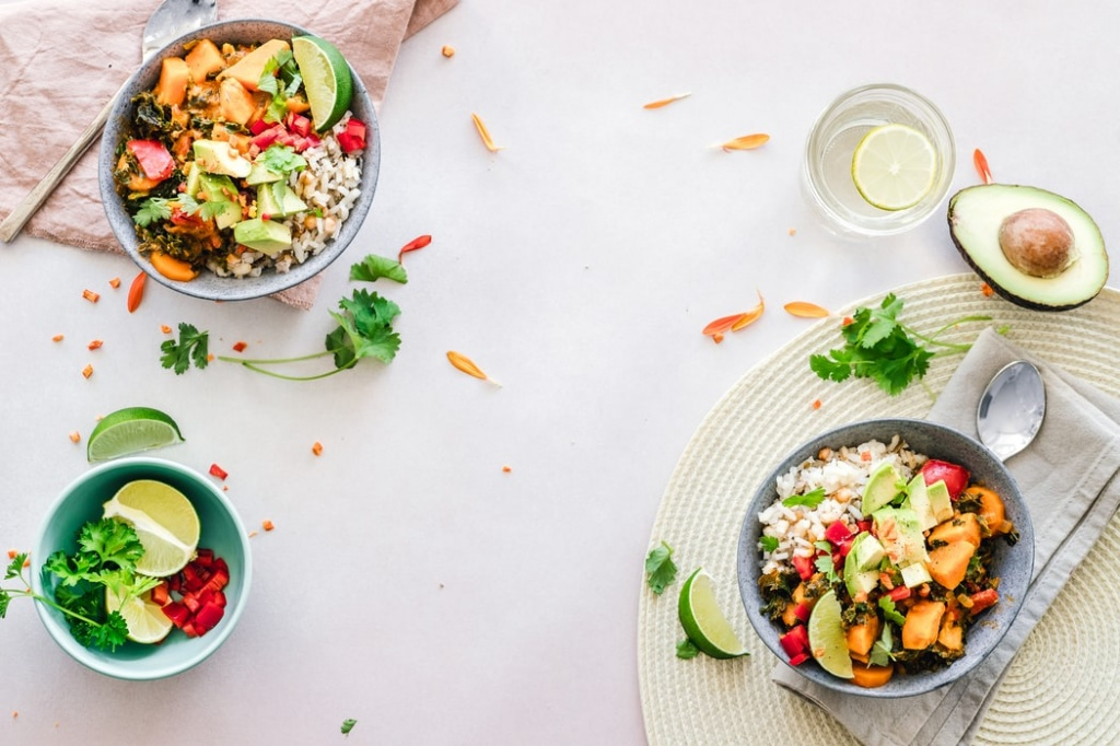 Что можно и что нельзя есть во время аллергии: план питания, который облегчит симптомы