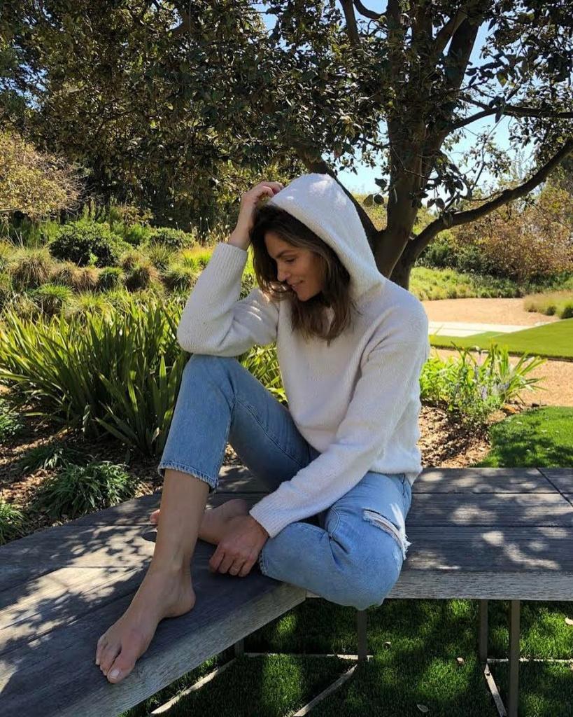 Подтянутые и худые руки: простая тренировка от Синди Кроуфорд