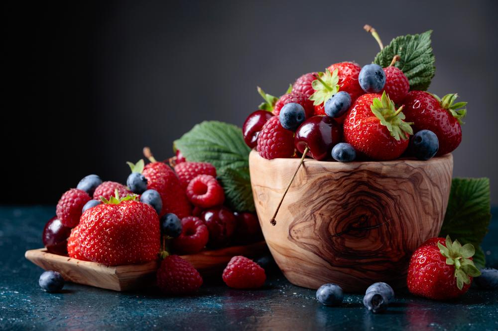 Для зрения, здоровья сердца и почек: 8 ягод, которые нужно добавить в рацион