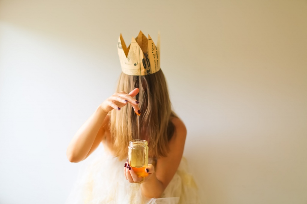 Все помешались на меде Манука: 7 фактов о косметике с суперфудом