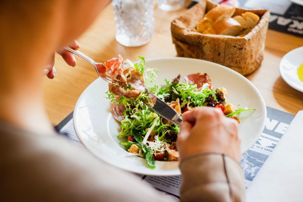 Диета вредит здоровью: 9 причин пересмотреть питание