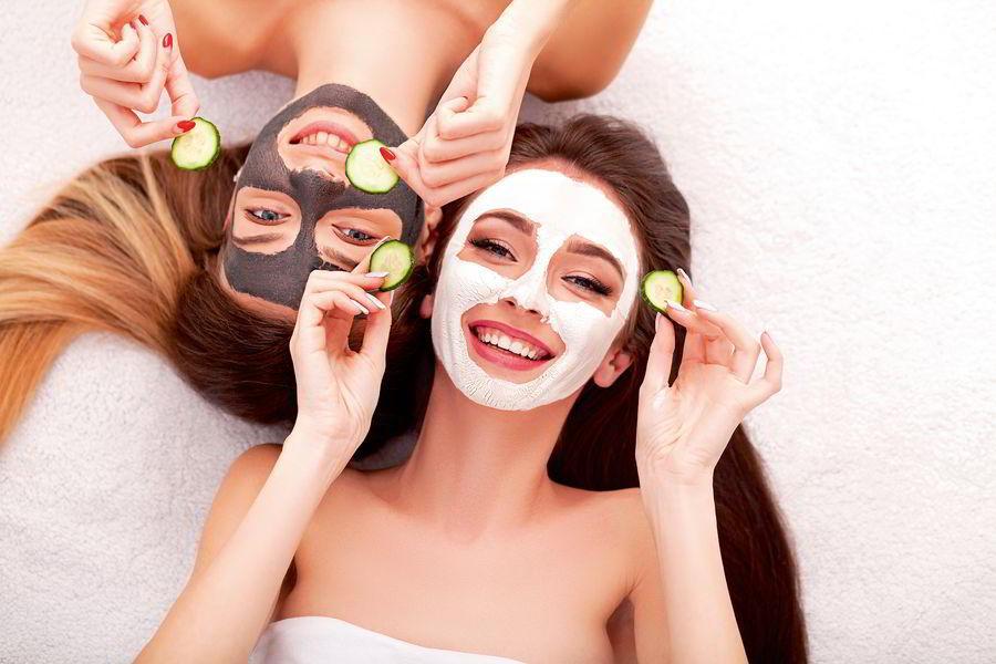Тестируем в редакции: тканевые маски для лица
