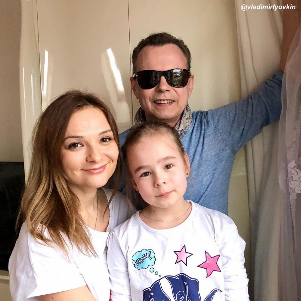 Владимир Левкин и Марина Ичетовкина.jpg
