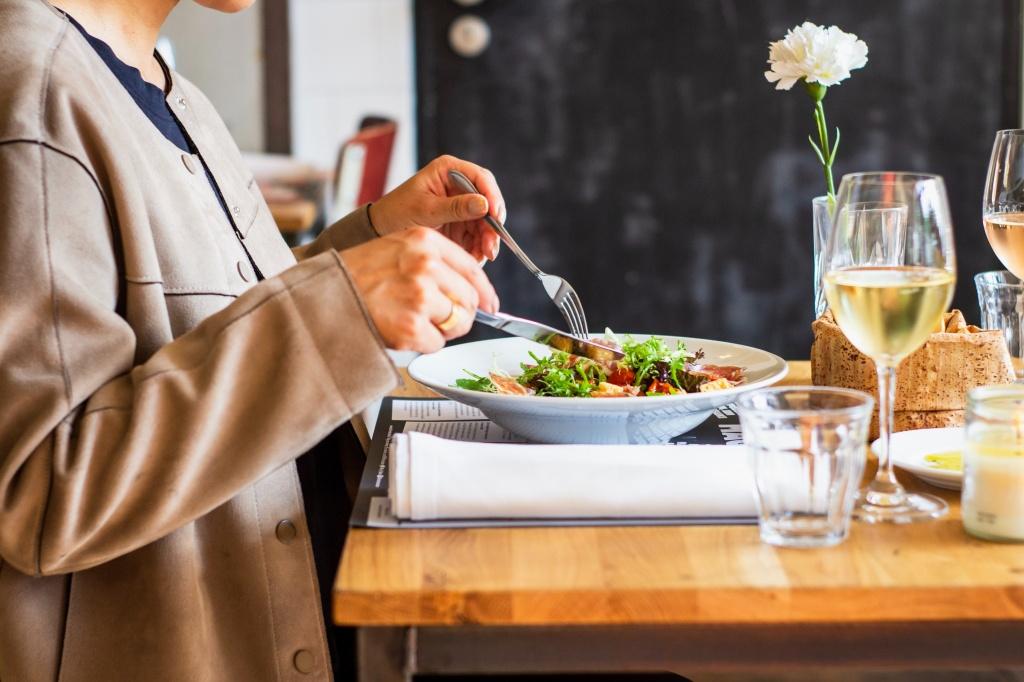 Взвесить все: нужна ли диета на самоизоляции