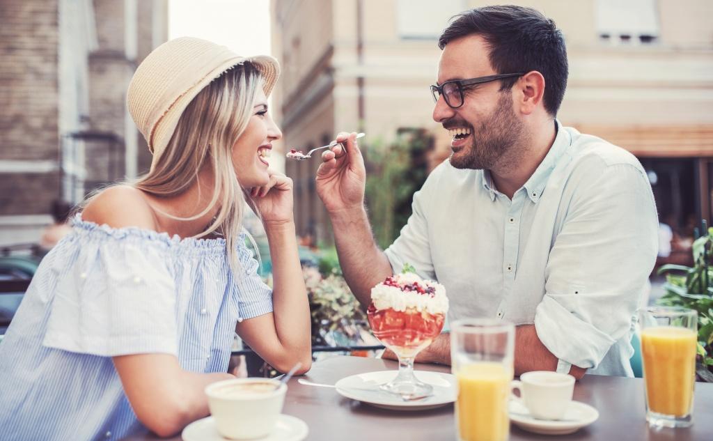 Флирт в браке, но не с мужем: норма или предвестник измены