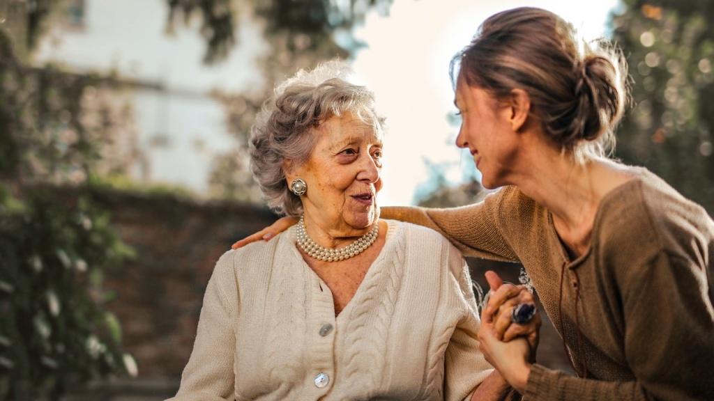 Касается каждой: как спастись от остеопороза