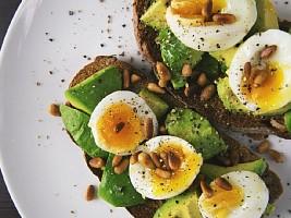 В балансе: каким должно быть правильное соотношение белков, жиров и углеводов в рационе