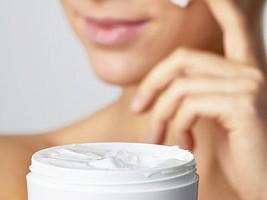 Есть вопрос: работает ли гиалуроновая кислота в косметике?