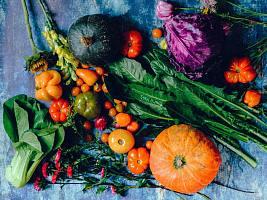 28 продуктов, богатых клетчаткой: от семян чиа до арахиса