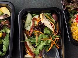 """""""Нужно только разогреть"""": готовая еда опасна для здоровья"""