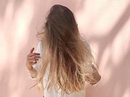 Не только шампунь: специальные средства и 7 правил ухода за кожей головы