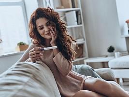 Можно ли определить беременность без теста (и 2 важные причины не делать этого)